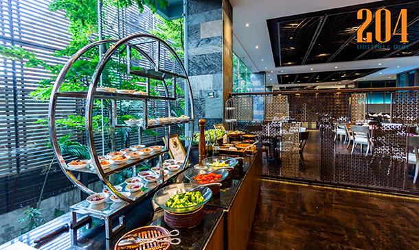 ห้องอาหาร 204 BISTRO โรงแรม Swissotel Bangkok Ratchada